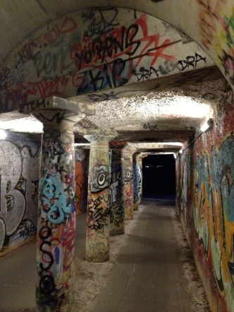 Impressive graffiti tunnel in Valby